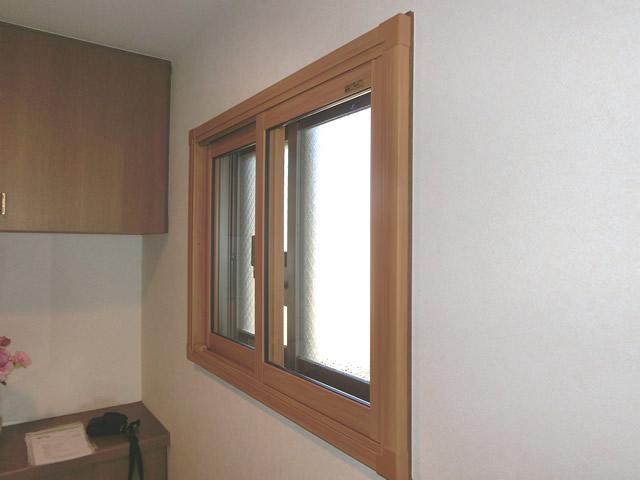 名古屋市中川区 LIXIL(トステム製)内窓インプラス 引違い窓2枚建 単板ガラス3ミリ