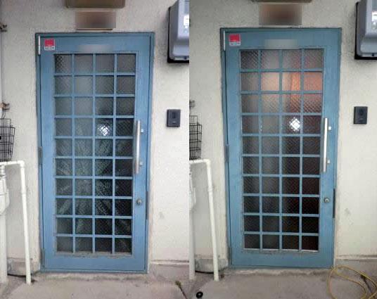 名古屋市南区 玄関ドアガラスの修理