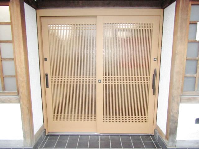 名古屋市西区 ドアリフォーム リシェント玄関引戸57型